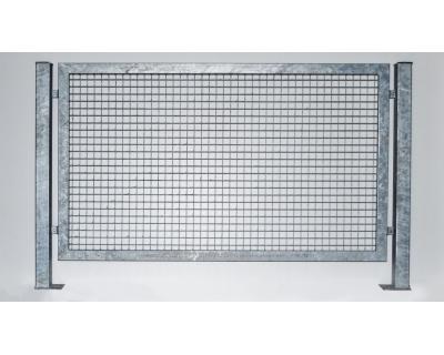Kovový plot z ocelových profilů - výplň svařovaná síť